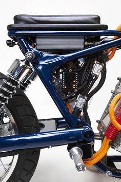 Customized Motorcycle with a Nissan Leaf Engine – Fubiz Media