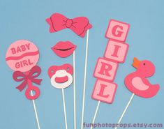 For a friend: Photo Booth Prop Set - 6 Piece Baby Girl Photobooth Set - Photobooth Props Fiesta Baby Shower, Baby Shower Table, Baby Shower Games, Baby Shower Parties, Baby Shower Photo Props, Baby Shower Photos, Baby Shower Gender Reveal, Shower Bebe, Baby Boy Shower