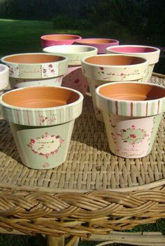 Shabby Vintage Prestatyn Vintage Shabby Chic Furniture For Sale - May 26 2019 at Decoupage Vintage, Decoupage Art, Vintage Shabby Chic, Shabby Chic Homes, Flower Pot Crafts, Clay Pot Crafts, Diy Crafts, Painted Clay Pots, Painted Flower Pots
