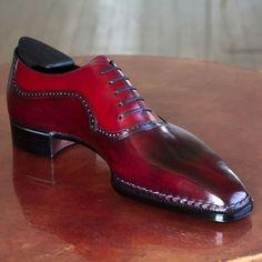 Stephane Jimenez Bottier @ stephanejimenezbottier, photo courtesy of Mens Shoes Boots, Shoe Boots, Gents Shoes, Gentleman Shoes, Mens Fashion Shoes, Dream Shoes, Hot Shoes, Formal Shoes, Luxury Shoes