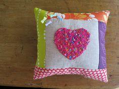 catandvee: :: cute heart pin cushion