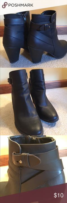 """👢SELLING CHEAP BEFORE I GIVE THEM AWAY! Really great black booties!  I love these but I have too many boots and just don't wear these anymore.  Heel is 3"""".  Very little sign of wear. Shoes Heeled Boots"""