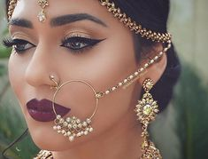 . awww so beautiful   ❤beautiful ❤  @wedding_qeen❤  .  .  .  #indianjewelry #earrings #jumka #punjabijewelry #pakistanijewelry #bollywoodfashion #indianfashion #bridaljewelry #punjabibride #indianbride #punjabiwedding #pakistaniwedding #punjabi #nikkah #jadaujewelry #kundan #raanihaar #indianbridal #punjabibridal #desiwedding #desibride #desijewelry #sikhwedding #sikhbride #asian #instafashion  #desijewelry #clearstone #bridaljewelry #sabyasachi #kishandassjewelry