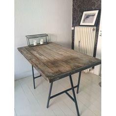 Spisebord, Træ, b: 80 l: 140, Højde: 74 cm Bredde: 80