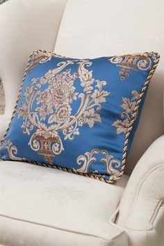 Get ready to be stunned by this gorgeous rope-trimmed pillow, with large deep blue bouquet pattern woven right in the middle. It will be a perfect addition for your living room, lounge or bedroom. http://www.celuce.com/p/91/blue-lantern-pillow-case