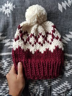 Der Neuen 10 : Aztekische Fair Isle Strickmuster, Strickmuster, Fair Isle Mütze… – The Best Ideas Fair Isle Knitting Patterns, Knit Patterns, Mosaic Patterns, Bead Patterns, Motifs Beanie, Motif Fair Isle, Lion Brand Wool Ease, Beanie Pattern, Loom Knitting
