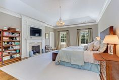View 20 photos of this $7,295,000, 7 bed, 9.0 bath, 7570 sqft single family home located at 8 Dairy Rd, Greenwich, CT 06830 built in 2007. MLS # 98672.