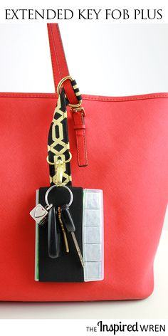 Never lose your keys or gum in the bottom of your bag again! TUTORIAL: Extended Key Fob Plus | The Inspired Wren