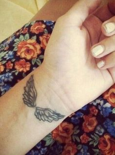 21 Angel Tattoo Designs That Will Inspire Your Next Tattoo Outing Wing Tattoo – Fashion Tattoos Trendy Tattoos, Small Tattoos, Tattoos For Women, Medium Size Tattoos, Wing Tattoo Designs, Angel Tattoo Designs, Wing Tattoos On Wrist, Body Art Tattoos, Tatoos