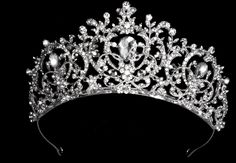 quinceanera hairstyles with tiara : ... ! on Pinterest Quinceanera Tiaras, Quinceanera and Jewelry Sets