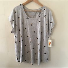 Toucan Tee 1X Adorable! Super fun tee NWT from Kohl's. Perfect with jeans and a cardigan or fun with a skater skirt. No trades no PayPal Sonoma Tops Tees - Short Sleeve