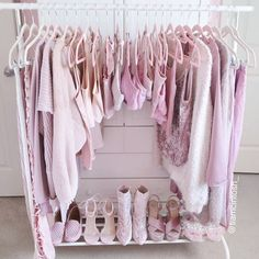 Cheap Home Decoration Stores Aesthetic Bedroom, Pink Aesthetic, Pink Wardrobe, Tumblr Rooms, Pink Room, Everything Pink, Pink Outfits, Dream Rooms, My New Room