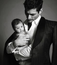 To hold and to be held - Mariano Vivanco.....ovaries exploding