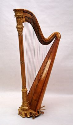 Erard Gothic Concert Harp Maple and Gold (c. 1850 France)