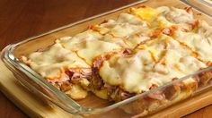 Deep-Dish Chicken Cordon Bleu - family friendly dinner casserole that includes delicious layers of chicken, ham and cheese.