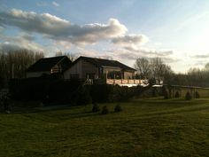 Chalet in Sint Amands - Belgium - have a drink on the wonderful terras with a view on the beautiful Schelde river. Den Amandus - restaurant. -vv-