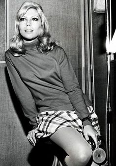 Nancy Sinatra--sitting in recording booth Nancy Sinatra, Cheech Und Chong, Girls Slip, Beautiful Young Lady, 20th Century Fashion, Sixties Fashion, Famous Girls, I Love Girls, Hottest Models