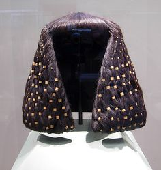 Egyptians typically shaved their heads - p.) Large wig rings of Sithathoryunet - Period: Middle Kingdom - Dynasty: Dynasty 12 - Reign: reign of Senwosret II–Amenemhat III - Date: ca. Ancient Egyptian Jewelry, Ancient Art, Ancient History, Egyptian Hairstyles, Egyptian Fashion, Empire Romain, Fashion History, Wigs, Vintage Fashion