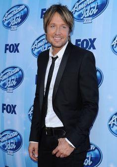 Keith Urban Photos - Arrivals at the 'American Idol' Season Finale - Zimbio