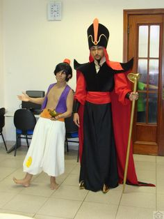 Me as Jafar as Aladdin Winners at YCW - Yamato cosplay World contest! At Anime Dreams, in Brazil - São Paulo The prize was 2 tickets to JAPAN! Aladdin and Jafar Jafar Costume, Wizard Costume, Aladdin Costume, Jasmine Costume, Aladdin Theater, Aladdin Musical, Dress Up Costumes, Diy Costumes, Halloween Costumes