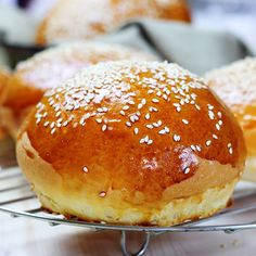 Easy Bread Recipes, My Recipes, Cooking Recipes, Cooking Bread, Romanian Food, I Foods, Feta, Hamburger, Biscuits