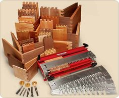 MLCS Master Joinery Set SAVE 56! Includes the MLCS steel Dovetail jig, six templates, three bushings and six router bits!