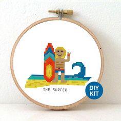 Surfer Kit punto de Cruz. BRICOLAJE decoración de por Koekoek