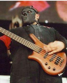 Paul Gray, Slipknot, Music Instruments, Guitar, Musical Instruments, Guitars
