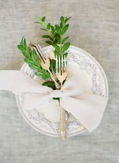 Elegant styling by Honey & Cinnamon | Wedding Sparrow Fine Art Curation Vendor