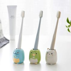 AUCH Set of 3 Mini Toothbrush Holder/Ceramic Tooth Brush Stand/Bathroom Storage Organizer Pottery Toothbrush Holder, Toothbrush Storage, Diy Clay, Clay Crafts, Clay Art Projects, Paperclay, Ceramic Clay, Biscuit, Polymer Clay