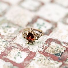 The prettiest garnet & rose gold ring from Claire Pettibone <3