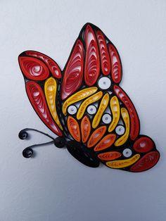 Quilling Eliza Sobkowiak - motyl wykonany z papieru techniką quilling.