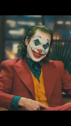 Read from the story Galería Joker by with reads. Joker Batman, Joker Art, Joker And Harley Quinn, Joaquin Phoenix, Comic Movies, Comic Book Characters, Cosplay Del Joker, Dc Comics, Joker Film