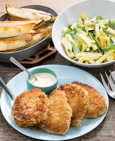 In this summer recipe, we're serving up a very special treat: crunchy, panko-breaded pork chops.