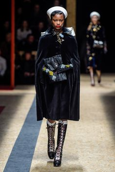 prada f16...those gloves though...
