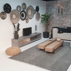 Looking for a new TV furniture because the new cabinet does not fit in our new house! - Concrete TV furniture with an industrial look - Decor, Home N Decor, Home And Living, Living Room Designs, Home Living Room, Interior, House Interior, Apartment Decor, Home Deco