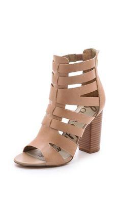 { cutout nude sandals }