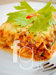 Cuketové lasagne (s masem) No Equipment Workout, Workout Programs, Nutrition, Fitness, Recipes, Food, Lasagna, Training Programs, Meal