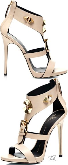 To die for Giuseppe Zanotti ● SS 2015 Mais High Heels Stiletto, Stilettos, Pumps, Pretty Shoes, Beautiful Shoes, Hot Shoes, Shoes Heels, Shoes Men, Ugly Shoes