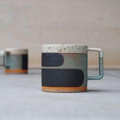B mug . . . . . . . . #pawenastudio #green #graphi... - #graphi #green #mug #pawenastudio #porcelaine