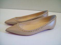 Christian Louboutin Anjalina Flats Spikes Pointy Toe Nude Leather 37.5, 7.5 NEW #ChristianLouboutin #BalletFlats