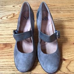 Sofft genuine leather heels Worn a few times. Great condition. No trades! Final sale! Sofft Shoes Heels