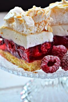 Sweet Desserts, Sweet Recipes, Cake Recipes, Dessert Recipes, Meringue Desserts, First Communion Cakes, Polish Recipes, Pavlova, Cupcake Cakes