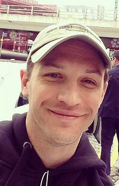 Yum. Cute, sexy and adorable Tom Hardy ❤