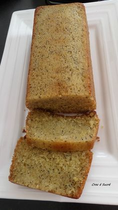 Lemon Poppy Ginger Cake - Sweet Croc - Here is the recipe for a delicious lemon and poppy ginger cake. Cake Recipes, Dessert Recipes, Lemon Cookies, Gluten Free Cakes, Vegan Cake, Afternoon Snacks, Smoothie Recipes, Coco, Food Porn