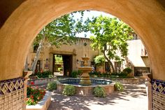 southwest homes with courtyards | Fountain in the Courtyard, a photo from Arizona, West | TrekEarth