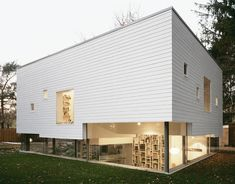 Top 10 Sustainable Homes Haus W is a prefabricated residence that applies passive measures, inspired architectural solutions, and geothermal energy to achieve an efficient and attractive residential solution. The home's use of recyclable, CNC-cut timber framing keeps the dwelling insulated and within budget.