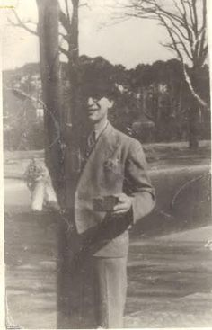 אהרון גפן (ויינלגר) במחנה טמפלהוף