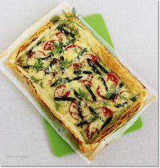 Gizi-receptjei.  Várok mindenkit.: Spárgás-leveles pizza.