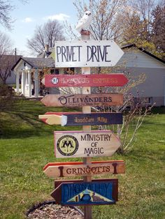 Harry Potter Sign Decor! This will be in my front yard